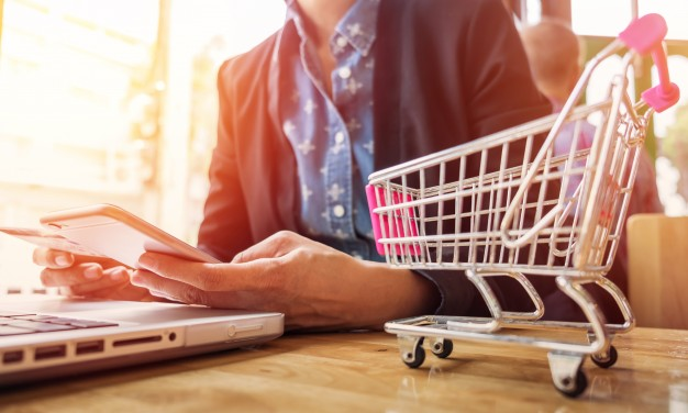 Things You Must Look For In Your E-commerce CRM   M.SaaS